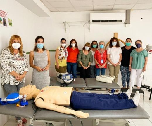 Más de medio centenar de profesionales no sanitarios han recibido formación