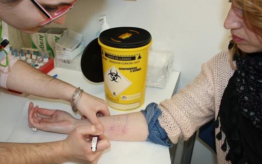 Alergólogos del IBIMA participan en un ensayo clínico europeo