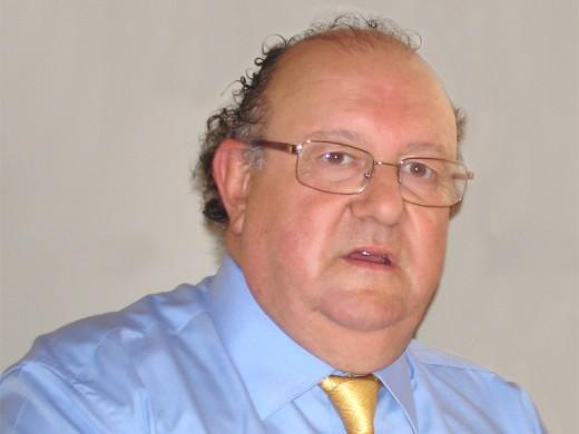 Pérez Rielo, hasta ahora gerente del Clínico, relevará en Carlos Haya