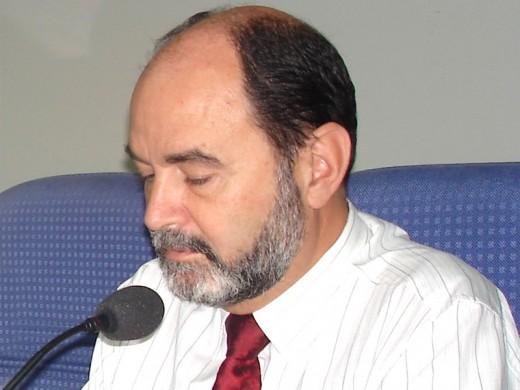 Eduardo de Teresa Galván, Jefe de Servicio de Cardiología