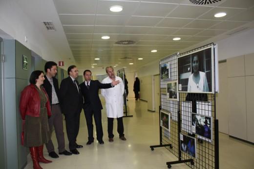 Exposición de muestra fotográfica en la Entrada Principal del Hospital
