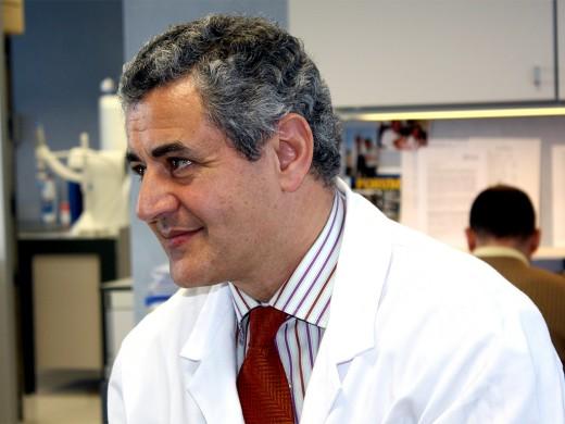 Raúl Jesús Andrade Bellido es director de la UGC del Aparato Digestivo