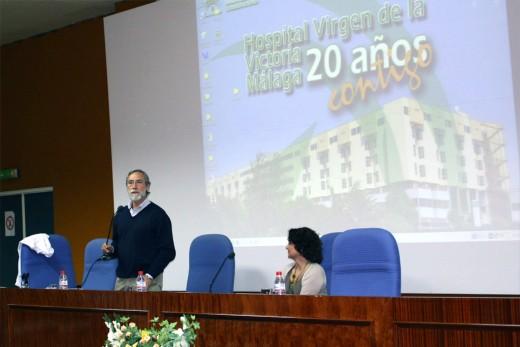 José Solano junto a Rosario Corrales, Directora Asistencial del Hospital