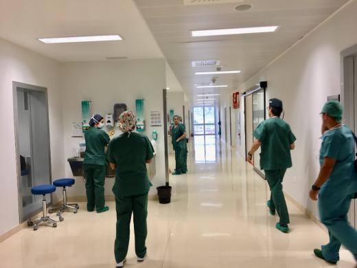 Pasillo de los quirófanos del Hospital Valle del Guadalhorce
