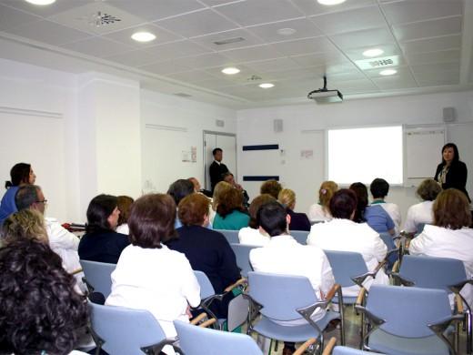 Elena Blázquez durante el desarrollo de la sesión formativa