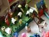 Manualidades con material reciclado hecho por los niños y niñas